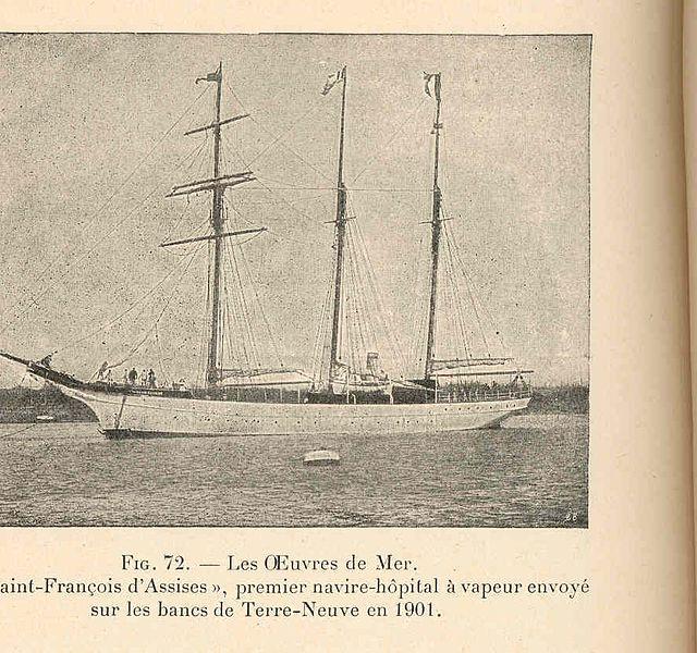 File:FMIB 36601 Oeuvres de Mer Le 'Saint-Francois dAssises', premiere navire-hopital a vapeur envoye sur les bancs de Terre-Neuve en 1901.jpeg