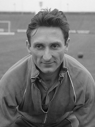 Valencia CF - Faas Wilkes, the first foreigner ever to play for Valencia.