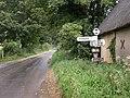 Farnham, fingerpost - geograph.org.uk - 1459617.jpg