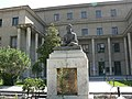 Ferdowsi Statue in front of Humanities faculty of UT, May2008 - panoramio.jpg