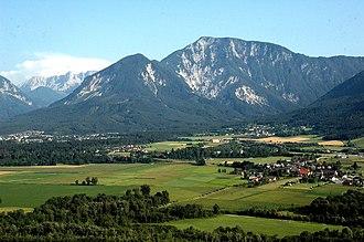 Ferlach - Image: Ferlach Rosental und Ferlacher Horn 01082004 01
