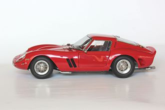Ferrari 250 GTO - Model car of Ferrari 250 GTO in scale of 1 : 18 made by CMC