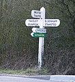 Finger signpost - geograph.org.uk - 1221010.jpg