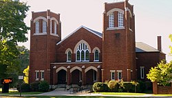 First Presbyterian Church (front view), 114 W. Main Street, Lincolnton, NC.jpg