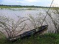 Fisherman's boat in Nong khai, Thailand - panoramio.jpg
