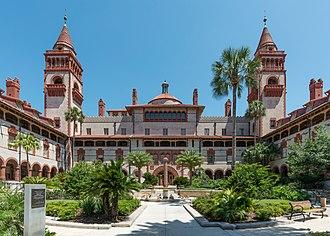 Flagler College - Image: Flagler College, Ponce de Leon Hotel, St. Augustine FL, South courtyard view 20160707 1