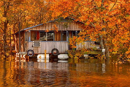 A floating camp on the Ouachita River in Louisiana Floating camp on the Ouachita River.jpg