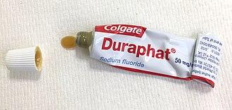 Fluoride varnish - Wikipedia