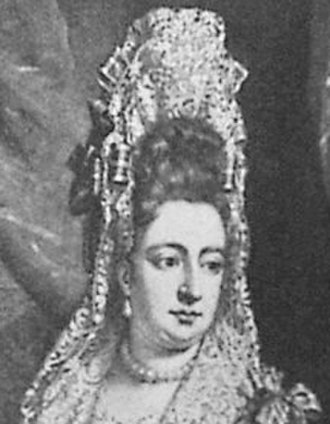 Fontange - Queen Mary II of England wearing fontanges and a frelange, 1688 (mezzotint made 1690s)