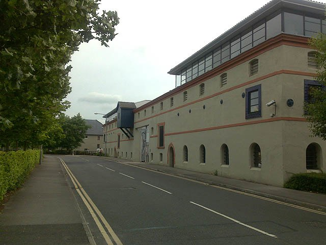 Forbidding Office Building - geograph.org.uk - 1363225