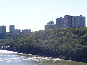 Fort Lee, New Jersey - Established residential high-rises are a prominent feature of the borough of Fort Lee, with several over 300 feet tall.