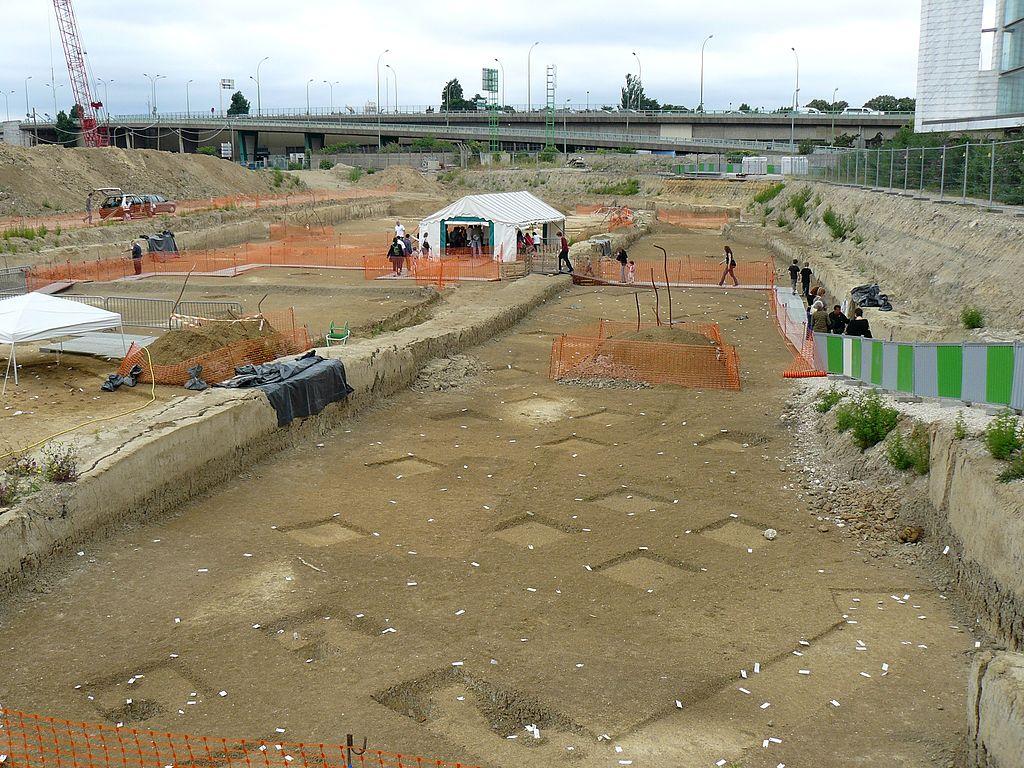 Fouilles préventives de l'INRAP sur une occupation Mésolithique à Paris XVe sur le futur emplacement du SYCTOM
