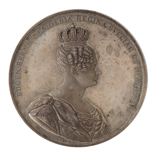 Queen Desideria of Sweden and Norway as shown on her coronation medallion wearing the Crown of the Queen Framsida av medalj med bild av Desideria i profil samt text - Skoklosters slott - 99620.tif