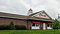 Friendly's (Vernon, Connecticut) (28102639087).jpg
