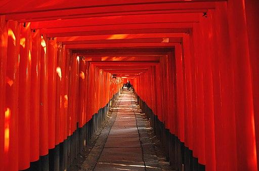 FushimiInari Taisha Corridor-of-Torii
