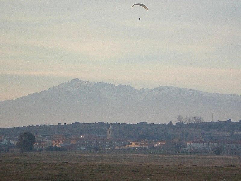 File:Gamonal y Sierra de Gredos.JPG