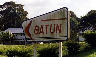 Gatún - Gatun's Canal Zone style sign, Jadwin Road
