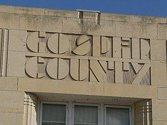 Elwood, Nebraska - Inscription over the front doors of Gosper County courthouse