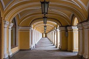 Arkády Gostiny Dvor v Petrohradě.  (skutečná definice 5 500 × 3 678)