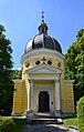 Grabkapelle Schüler, Mödling, Voederansicht.jpg
