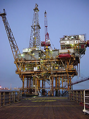 Petroleum industry in Mexico - Offshore platform in the Gulf of Mexico