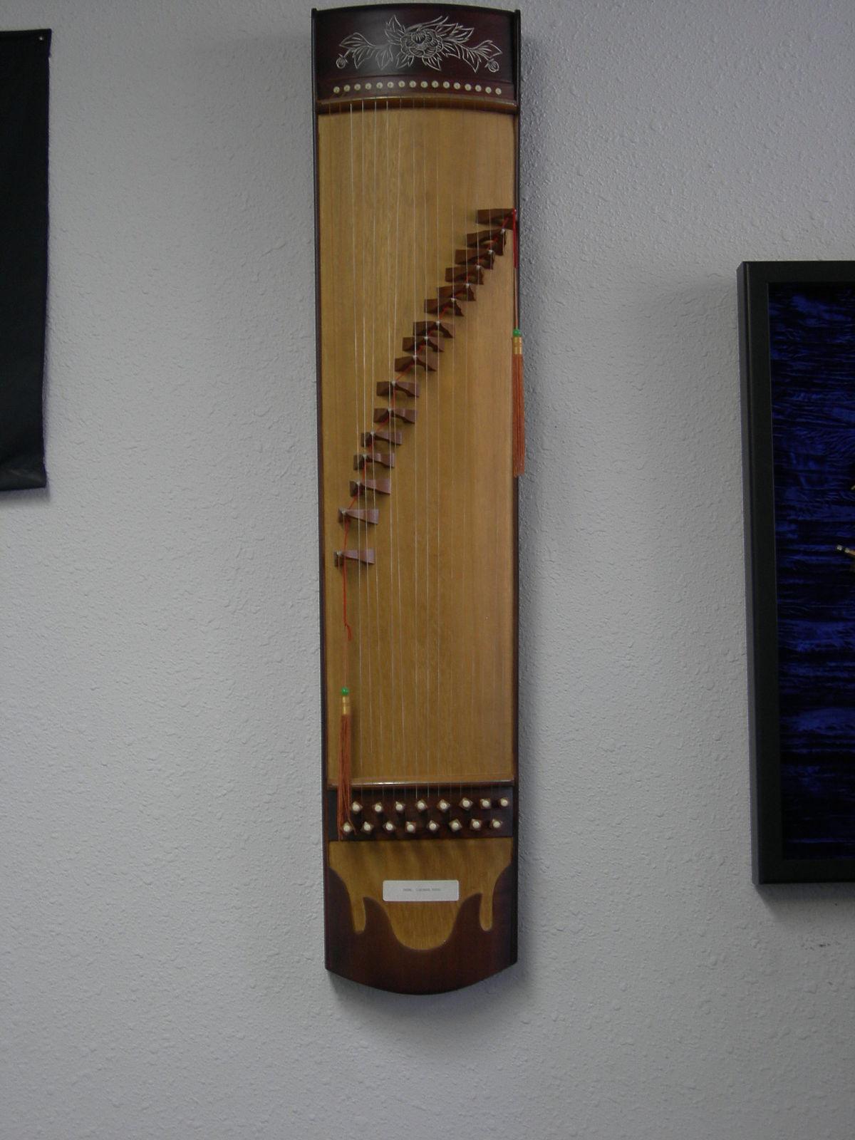 Guzheng wikip dia for Black k treize