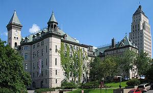 Hôtel-Ville-Québec