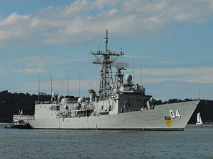 HMAS Darwin coming home May 2012 3.jpg