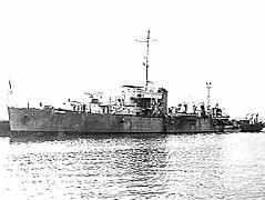 HMAS Lachlan.jpg