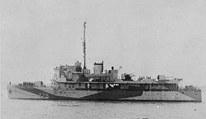 Dragonfly-class river gunboat - Image: HMS Locust (1939) IWM FL 001677