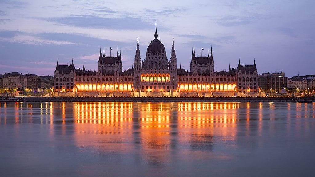 File:HUN-2015-Budapest-Hungarian Parliament (Budapest) 2015-02.jpg ...