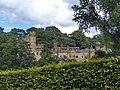 Haddon Hall, Bakewell, UK - panoramio (1).jpg