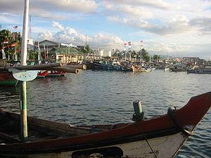 Hafen von Pelabuhan Ratu