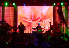Happy Mondays June 30 2006.jpg