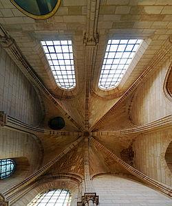 Hauteur sous plafond, La salle de la billeterie.jpg
