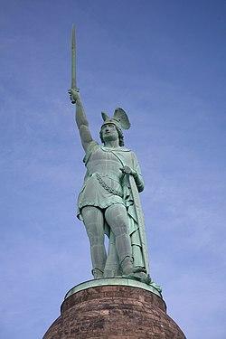 Hermannsdenkmal statue.jpg
