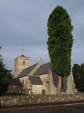 Street, Somerset - Image: Holy Trinity church Street