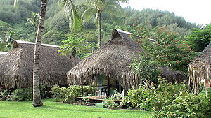 Mo'orea - Bungalows of Hotel Hibiscus, Haurū Point, Mo'orea