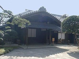 Samurai Sentai Shinkenger - The historic household of the Hotta clan is the setting of the Shiba House in Shinkenger.