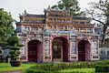 Hue Vietnam Cổng-Trai-cung-01.jpg