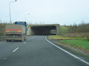 M9 motorway (Ireland) - M9 northbound passes under the M7 and merges