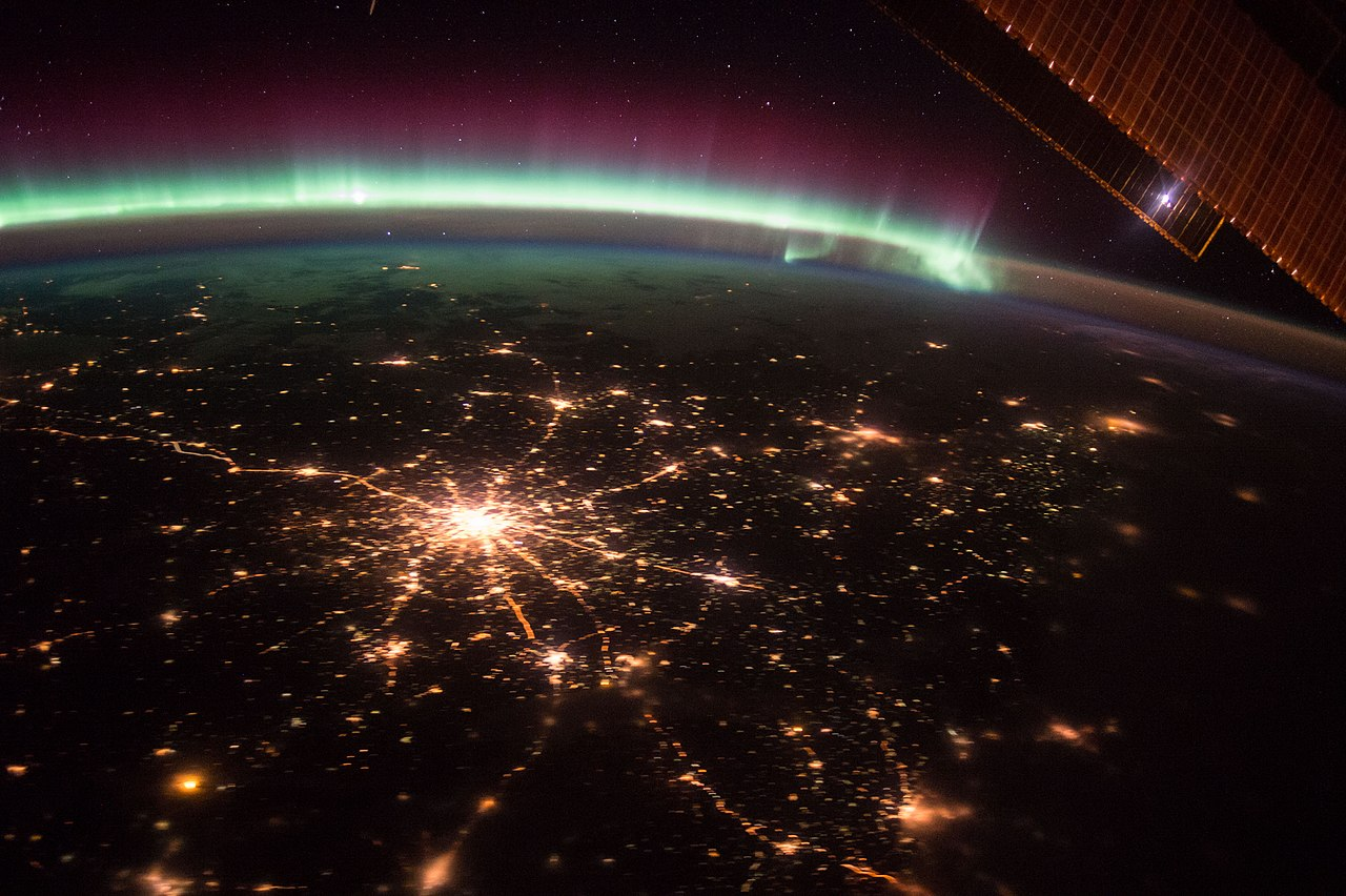 File Iss 45 Moscow Russia Night View Jpg Wikimedia Commons