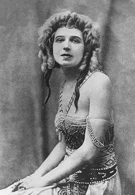 Ida Rubinstein 1922.jpg