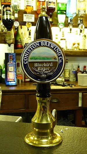 Beer in England - Traditional beer pump