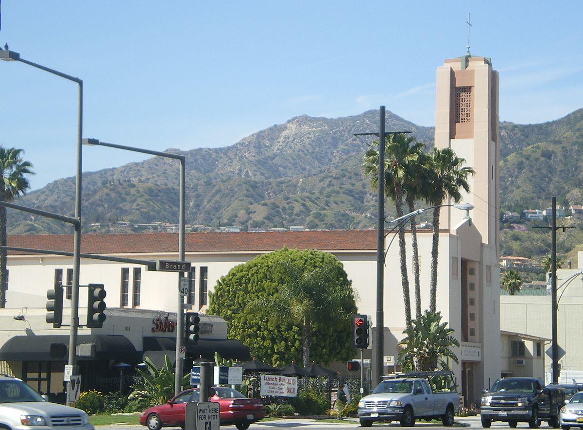 Incarnation catholic church and school glendale for The glendale
