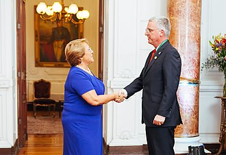 Astronomy in Chile - The President of Chile Michelle Bachelet meets senior ESO Director General Tim de Zeeuw.