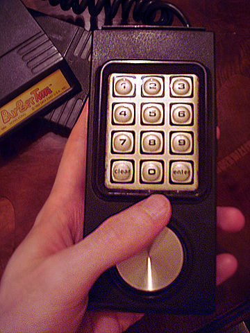 IMAGE(http://upload.wikimedia.org/wikipedia/commons/thumb/b/ba/Intellivision_controller.jpg/360px-Intellivision_controller.jpg)