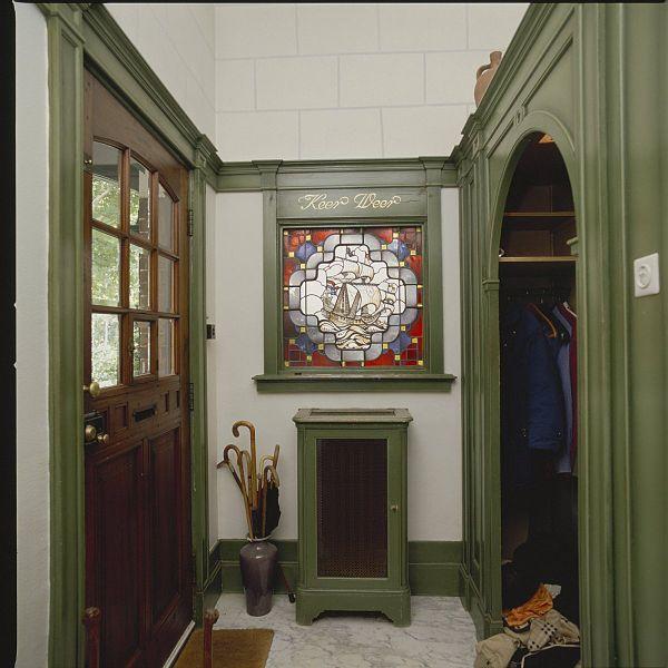 File interieur entree glas in loodraam met garderobe for Garderobe 600
