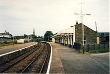 Invergordon railway station in 1991.jpg