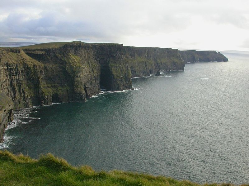 File:Ireland cliffs of moher1.jpg